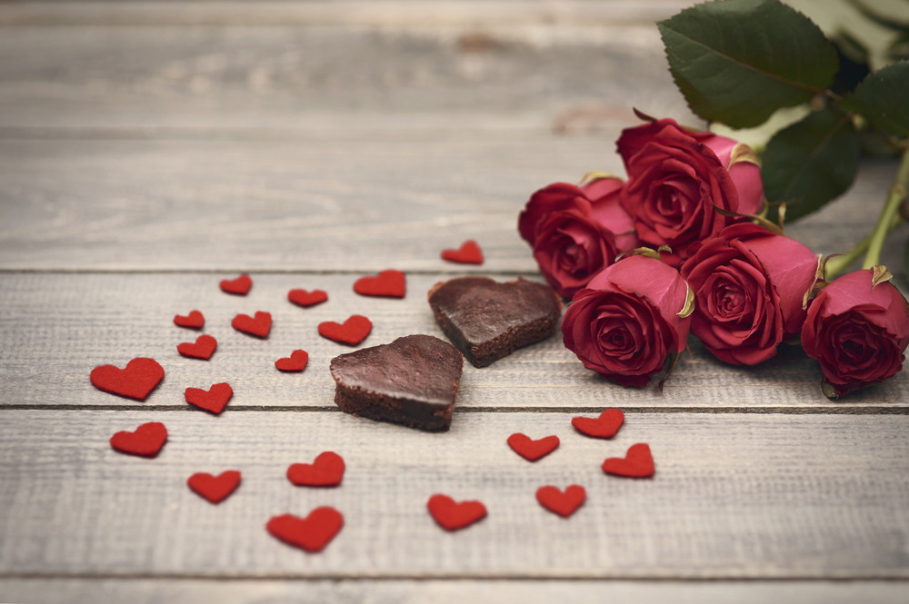 は バレンタイン デー と バレンタインデーの意味や由来は?チョコレートを渡すのは日本だけ